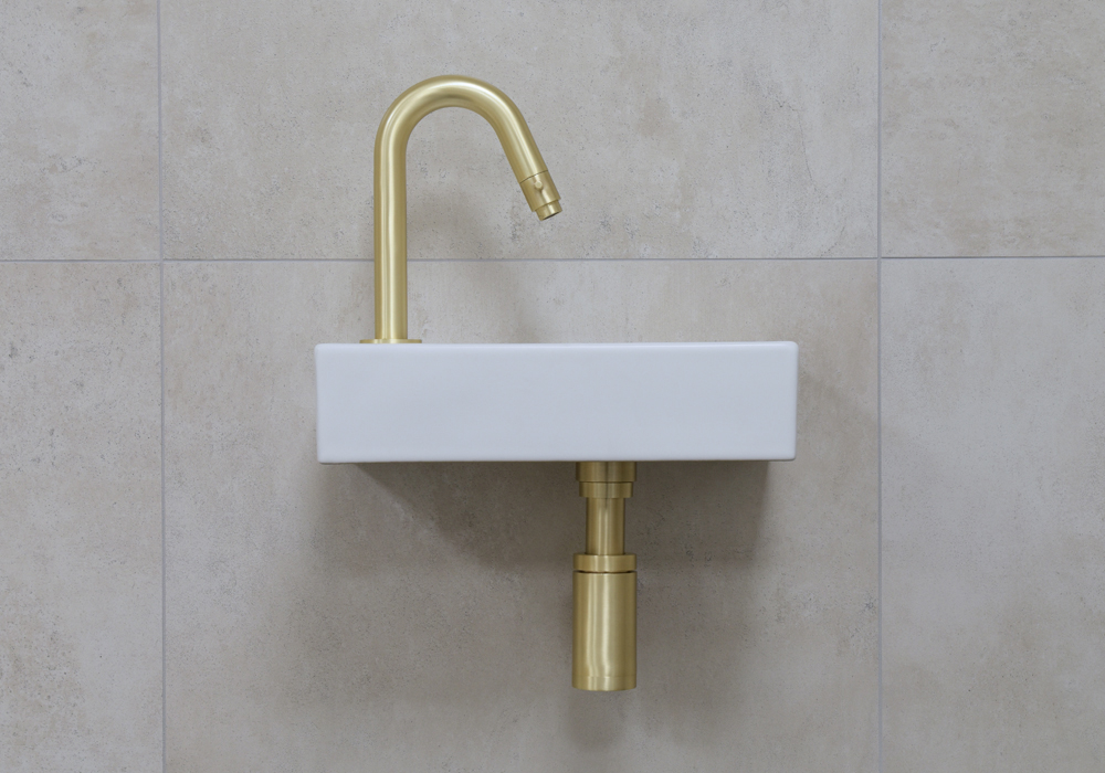 Mueller Mini Rhea 36x18x9 fonteinset mat wit met gouden gebogen fonteinkraan links