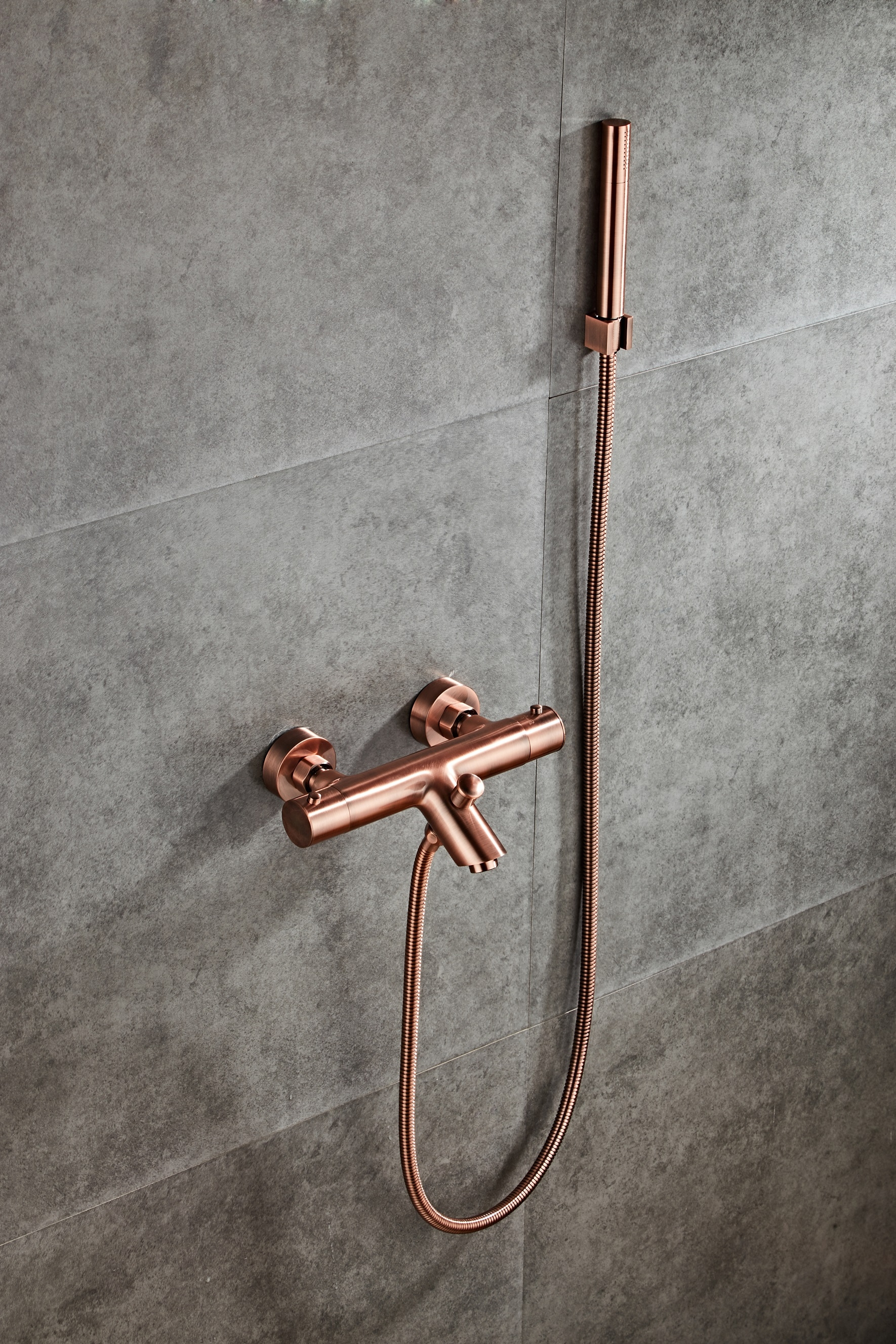 Saniclear Copper thermostatische badkraan met handdouche geborsteld koper kopen doe je voordelig hier