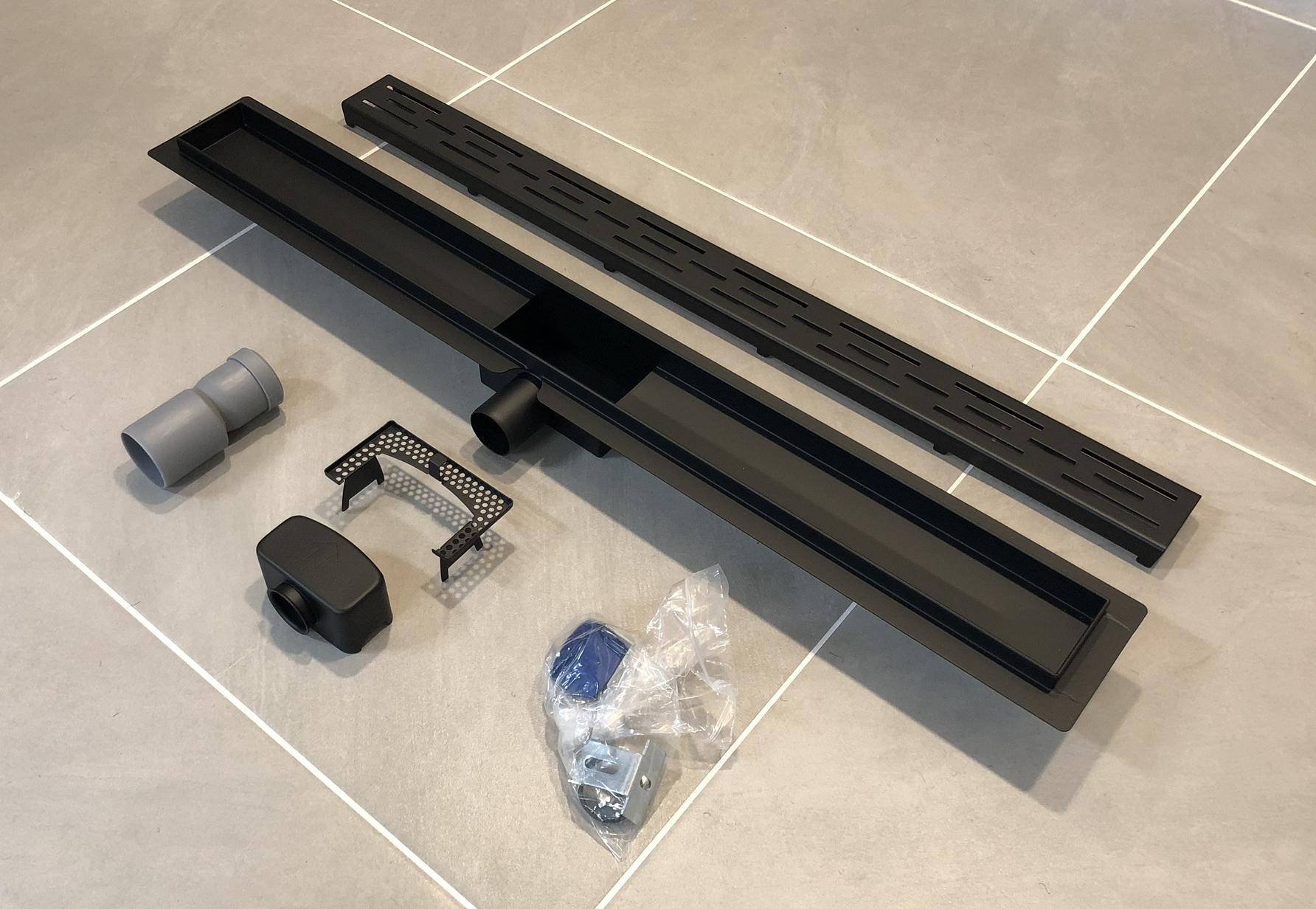 Saniclear Nero complete zwarte douchegoot 70cm met flens, volledig RVS!