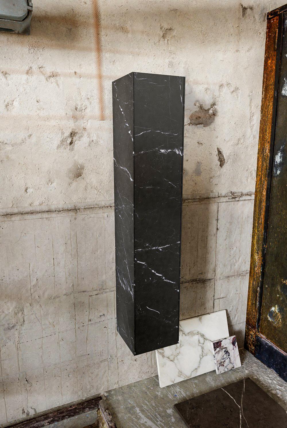 Zaro Kivi kolomkast met marmer tegels 155cm donker marmer