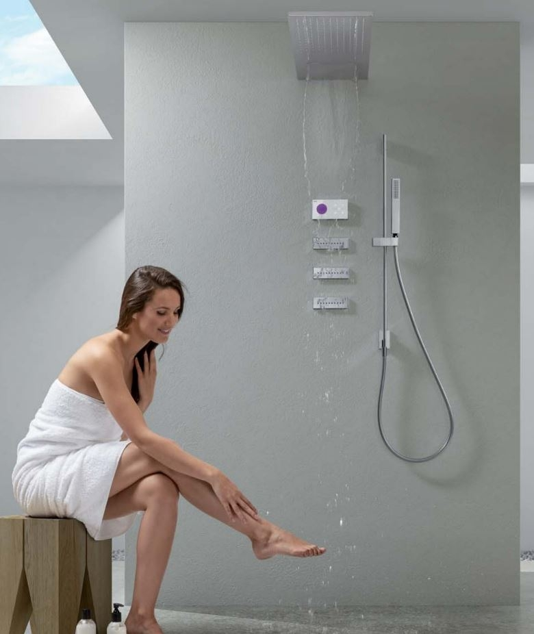 Tres Shower Technology
